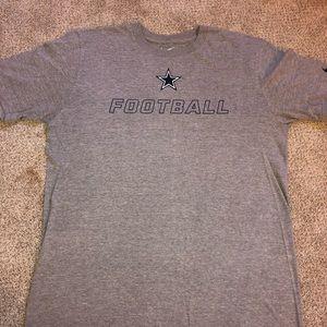 Dallas Cowboys football t-shirt